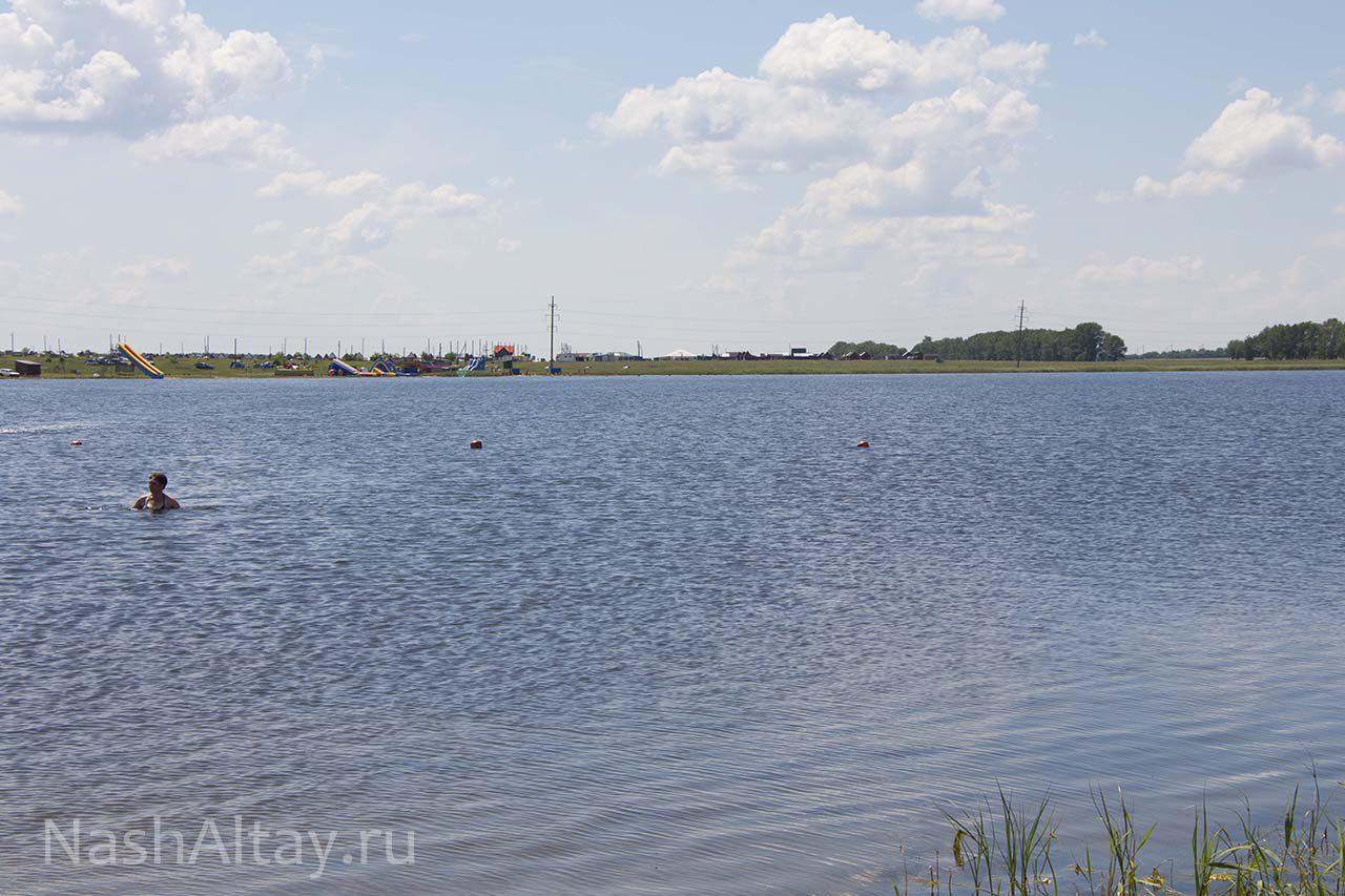 озеро Щелочное